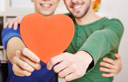 Adoption durch homosexuelle Partner erleichtert