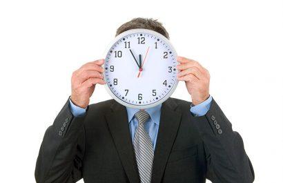 Wann droht die Kündigung wegen Arbeitszeitbetrug oder Unpünktlichkeit?