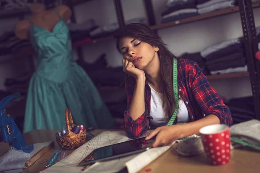 Überstundenregelung im Arbeitsvertrag: Das müssen Sie wissen