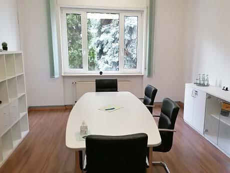 Besprechungsraum Kanzlei Hasselbach Frankfurt